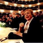 El Teatro Solís lamenta con profundo dolor el fallecimiento de China Zorrilla. http://t.co/77wcFVh0jI http://t.co/lgyfhHdkhK