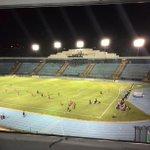 Poca asistencia de público en el Mateo Flores para el partido entre Municipal y Real España de Honduras por Concacaf http://t.co/7pXoYYcHbL