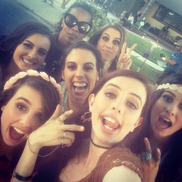 And tht's a wrap Day1 @Cimorelliband #video luv these girls great day! http://t.co/2VQ283uAEq