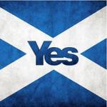 """RT @Realiste_Qc: """"@mapaquet: Meilleurs vœux du Québec! AYE! Vote #YesScotland !! #indyref #Ecosse #scotland #yes http://t.co/7lA7YTgE1y"""""""