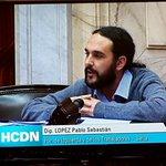 RT @fernandorenzi: Vota contra ley de abastecimiento por lo que le sacaron, no por los cambios. Original forma de votar con Sturzenegger http://t.co/wprsLIbXev