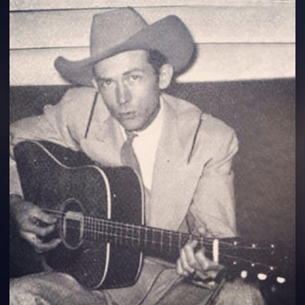 91 years ago today this insanely talented baby boy was born. I'm honored to call him grandpa. #hank #legend #timeless http://t.co/K1y9Bdu8Wz