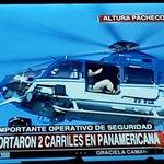 El payaso de @SuperBerniARG ya apareció en el corte de Panamericana contra despidos en lear http://t.co/4fVZMFrA4x