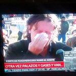 RT @PTSPrensa: Diputado del PTS Christian Castillo reprimido por la Gendarmería. Acompaña a los despedidos de Lear. http://t.co/qMCptAOZem