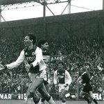 #AjaxKalender: Vandaag 31 jaar geleden boekte #Ajax de legendarische 8-2-zege op Feyenoord. Van Basten scoorde 3x.
