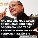 RT @KatytaSV: Os alunos de São Paulo passam de ano sem aprender nada graças a aprovação automática de Alckmin! #foraAlckmin http://t.co/m5zAxvE9Ow