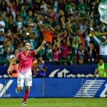 Así festejó Mauro Boselli el gol del León, con el cual empató el marcador ante Monterrey. http://t.co/X7IzhPfUQd