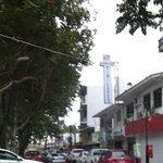 """@Ak47xlpa: Choque en araucarias esquina fresnos no hay paso !! @VialidadXalapa #Xalapa http://t.co/l1rJTabGeV"