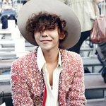 RT @kor_celebrities: G-DRAGONが9月30日にパリで開かれた「CHANEL 2015 S/S コレクション」に出席した。 http://t.co/jPW8j3PfnT