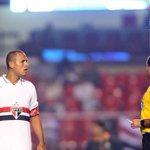 RT @goleada_info: Foi a 14ª expulsão do atacante Luís Fabiano em 298 partidas com a camisa do São Paulo. http://t.co/RvoMK2JIOH