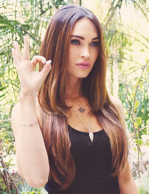 RT @GotWomanCrush: Megan Fox 👌 http://t.co/SnF65HgaB2