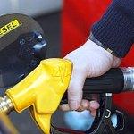 ALERTE - Le gouvernement confirme laugmentation de 2 cts par litre de la taxe sur le diesel http://t.co/3fpLX3VAbK http://t.co/C2oqbwyoGx