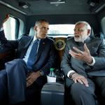 RT @DeshGujarat: Narendra Modi and Barack Obama en-route to the Martin Luther King, Jr. memorial (Photo by Pete Souza, White House) http://t.co/5HCAcHwrWa