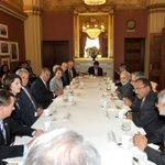 PM Shri @narendramodi meeting the Speaker of the US House of Representatives, Mr. John Boehner in Washington DC. http://t.co/BrqMlG6yob
