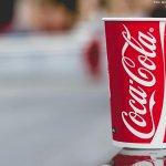 RT @Estadao: Coca-Cola é multada após objeto ser achado dentro de garrafa: http://t.co/CQ0CsO3slp http://t.co/wm5dsNeai7