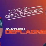 #anniversaireMHSC Joyeux #Anniversaire à Mathieu Deplagne qui fête ses 23 ans aujourdhui ! #MHSC http://t.co/7H2FJJuAtM