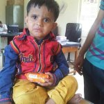 RT @PandeyJaideep: This kid was found at Kondhwa police station in #Pune. Please share this so we can find his relatives. @divyadutta25 htt…