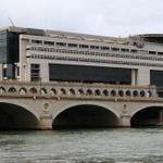 Dette française : la barre historique des 2000 milliards deuros est franchie http://t.co/w8sZlPAE3U http://t.co/lcdcTiZCXJ