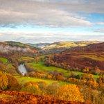 Nights are drawing in, leaves are falling. Heres @visitwyevalley as our autumnal wallpaper http://t.co/Dp8kAaCI0K http://t.co/71cbkwiTYX