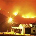 RT @ELTIEMPO: Incendio en Villa de Leyva se habría iniciado por una quema de basuras http://t.co/dHN0D24knc http://t.co/KIl1FdfXog