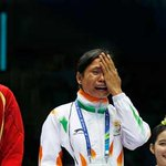 RT @Sports_NDTV: Sarita Devi cries during #AsianGames medal ceremony. A tragic sight for boxing & sports http://t.co/YfIp37QSJH http://t.co/bfQu4cE1rA