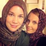 RT @WISHSolidarity: Meet Hannah & Jenna Marie: Theyve taken a scarf selfie to stand in solidarity with Aussie Muslim women. #WISH http://t.co/33tXcqqBR3