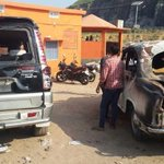 Bihar minister targeted by angry crowd, car set on fire http://t.co/smzNU1jyF3