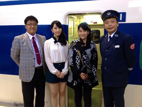 10月4日21時〜23時にNHK-BSプレミアムで放映の新幹線開業50周年の特番「まるごと新幹線」を作りました。鹿児島中央から新函館北斗まで0系が日本を縦断。歴代車両も全て登場。これほど新幹線の映像が多く出た番組はかつてなかった? http://t.co/bPPUDxJjWK