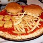 Si no es jopara de hamburguesas, pizza y papas fritas, deja nomás. http://t.co/3WrVjF8qVN