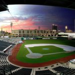 """RT @jared_law: Here is a """"time lapse blend"""" of Parkview Field in downtown Fort Wayne. @fwdid @VisitFortWayne @TinCaps http://t.co/W2tcgwBjiv"""