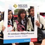 RT @emov_ep: Activación de la campaña de seguridad vial #MejorPrevenir @aaguilar_EMOVEP @CholaCabrera @RadioCiudad1017 @maisapepa http://t.co/XdsxBrGsZo