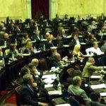 RT @juliocobos: En Diputados, intentando hacer entender al oficialismo que esta no es la forma de modificar el Código Civil. http://t.co/4mkZQVMRJN