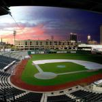 Awesome time lapse video AND photo of Parkview Field!! http://t.co/mDSKpuQGVH Nice job @jared_law! #BIGFUN http://t.co/X7xrFvGJl2