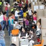 RT @ELTIEMPO: Ponencia en Corte le da sí a referendo por la paz en día de elecciones http://t.co/DkPcQBu03U http://t.co/TMmge8JZa0