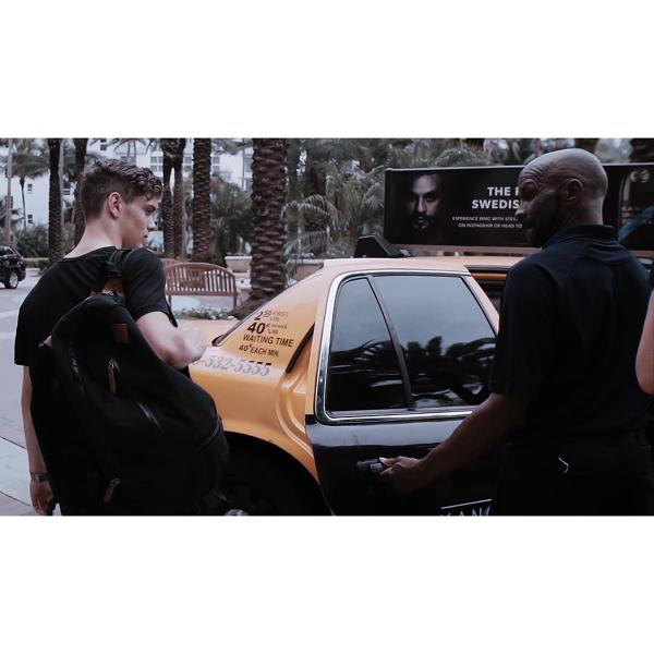 Did anyone else catch @MartinGarrix getting into a @kanonvodka taxi in the @ultra #UnitedWeDance film? http://t.co/7kJmH9NjaD