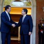 El mandatario hondureño @JuanOrlandoH también se reunió con su homólogo de #España Mariano Rajoy #Honduras #España http://t.co/DnudKtjgFV