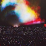 A Coldplay concert in Paris! http://t.co/n9eiw2DERl