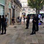 """Plaza Princesa en Vigo, ¿un patio de cárcel? http://t.co/MeQluVZSko Vecinos y hosteleros, """"hartos"""" de peleas http://t.co/EziivQJVSj"""