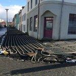 RT @crazy_kutas: В Рейкьявике (Исландия) строят тротуар с подогревом для того, чтобы зимой дождь или снег не превращался в гололед. http://t.co/ed6UqoB30S