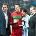 REITERAMOS. El 18 de Noviembre en Old Trafford. Argentina vs Portugal. Messi vs Cristiano Ronaldo. http://t.co/rpKEIrWKOd
