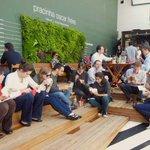 RT @Estadao: Oscar Freire inaugura hoje espaço de coworking a céu aberto http://t.co/hGmQPztGj1 http://t.co/pGPjDehu9Y