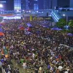 This is what Hong Kong looks like right now (Image: Reuters) http://t.co/vi0fht3abu http://t.co/fYwxjZsDl3
