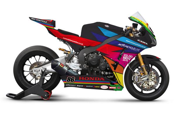 The @HondaUKBikes Fireblade is getting a special #MotorcycleLive makeover at this weekend's @OfficialBSB... #HondaBSB http://t.co/ukeIQI7rdY