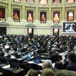 RT @elisacarrio: Sesión en Diputados de la Nación x refor. Código Civil proyecto que rompe el orden constitucional. http://t.co/CwntE8VRQx