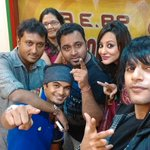 RT @RealKVB: At @mirchinagpur with #RJShubham @Rj_Jia @VeditaSingh @hemantmadhukar for @Mumbai125KM3D http://t.co/hBEKWTnlOh