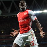 PHOTO Danny Welbeck celebrates his hat-trick in @Arsenals 4-1 #UCL win over Galatasaray on Wednesday http://t.co/MKG4Wfv30Z