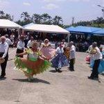 """RT @MIES_Zona4: Grupo artístico del centro de atención diurna """"Abuelo Digno"""" del convenio MIES- GAD #Chone #MesDelAdultoMayor http://t.co/YzE9kASVdq"""