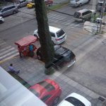 RT @FRKodes: Aguuusto! Obstruyendo la rampa @MovilidadJal @trafico_zmg buenos aires esq. Terranova http://t.co/ORw1v4xPMu