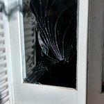 RT @franncanevello: El delito del Grosso le tiro mi cartuchera al negro y rompió el vidrio Jajajajajajajaj genio http://t.co/bBgGS5KQN8