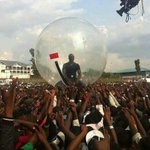 RT @0519__: Akon was crowd surfing in this in Africa to avoid catching Ebola ???????????????????????? http://t.co/CR9adAuYOG